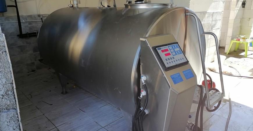 Schładzalnik do mleka 1650 L z montażem odzysku ciepła